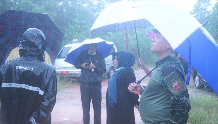 Wali Kota Tanjungpinang, Rahma Disela sela Peninjauan Lokasi Banjir
