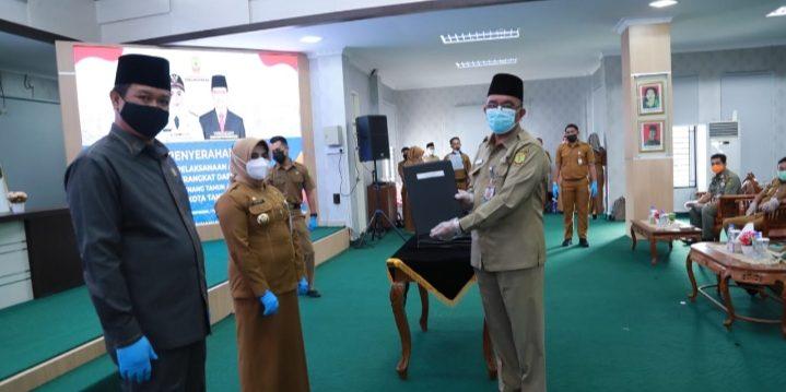 Wali Kota Tanjungpinang, Rahma Usai Menyerahkan DPA SKPD