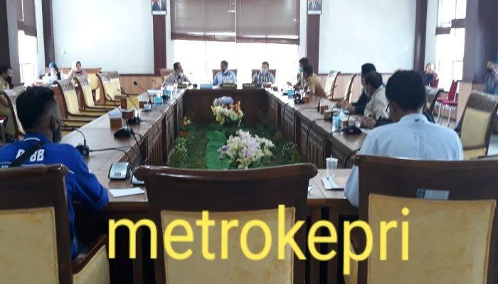 Suasana RDP di Ruang Komisi IV DPRD Batam