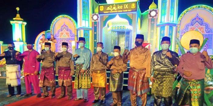 Foto Bersama Usai Pembukaan STQ IX Tahun 2021 Tingkat Kabupaten Lingga