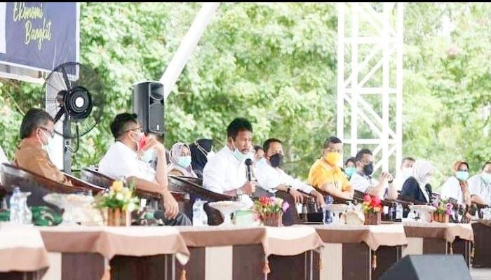 Wali Kota Batam, Rudi Saat Menyampaikan Sambutannya
