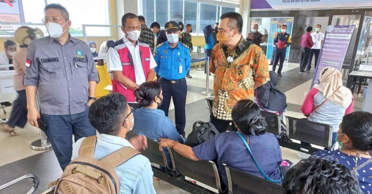 Rombongan Komisi III DPRD Kepri Saat Meninjau Penerapan Genose C19