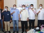 Wali Kota Batam, Muhammad Rudi Foto Bersama Gubernur Kepri dan Ketua MPR RI