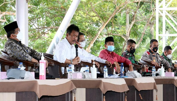 Wali Kota Batam, Muhammad Rudi Saat Pimpin Rapat