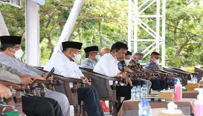 Wali Kota Batam, Muhammad Rudi Saat Rapat Terkait Penerapan PPKM Darurat